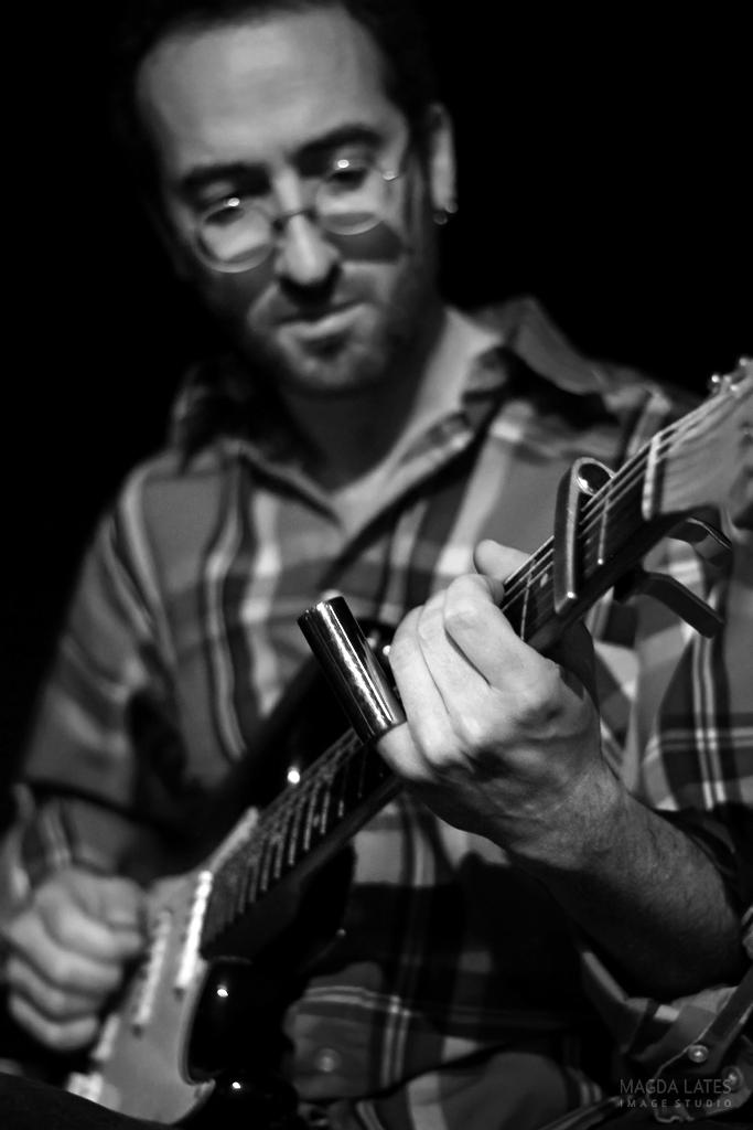 Avec Jérémie Tepper (guitare) et <b>François Bernat</b> (contrebasse). - IMG_5835